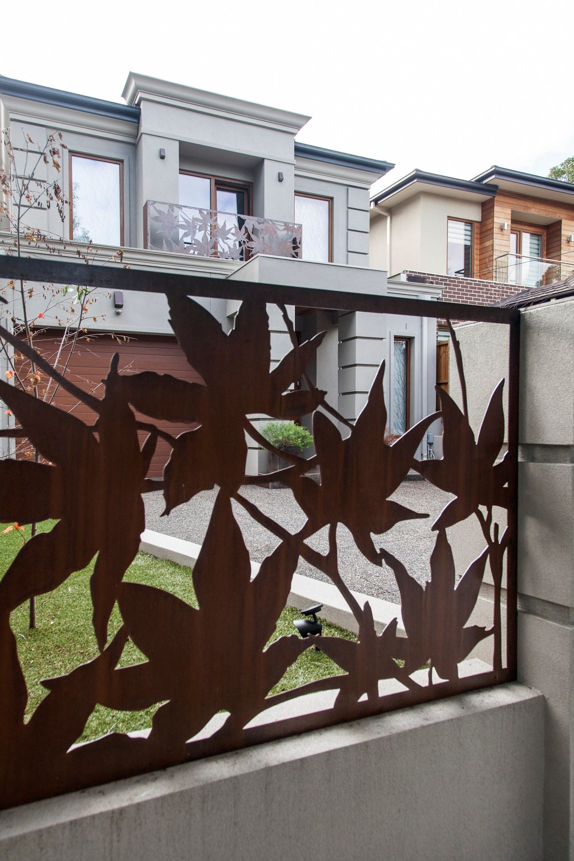 Maple Archi Screen