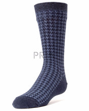 Load image into Gallery viewer, MEMOI BOYS HOUNDSTOOTH BOYS DRESS SOCK