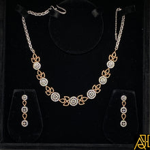 Load image into Gallery viewer, Lovely Diamond Necklace Set