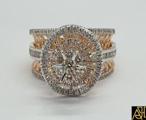 Enticing Diamond Engagement Ring