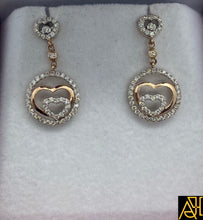 Load image into Gallery viewer, Hearty Diamond Pendant Set