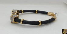 Load image into Gallery viewer, Unisex Black Eye Panther Leather Bracelet
