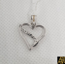 Load image into Gallery viewer, Noble Hearted Diamond Pendant
