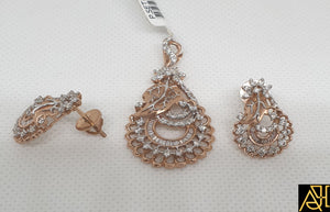 Structural Diamond Pendant Set