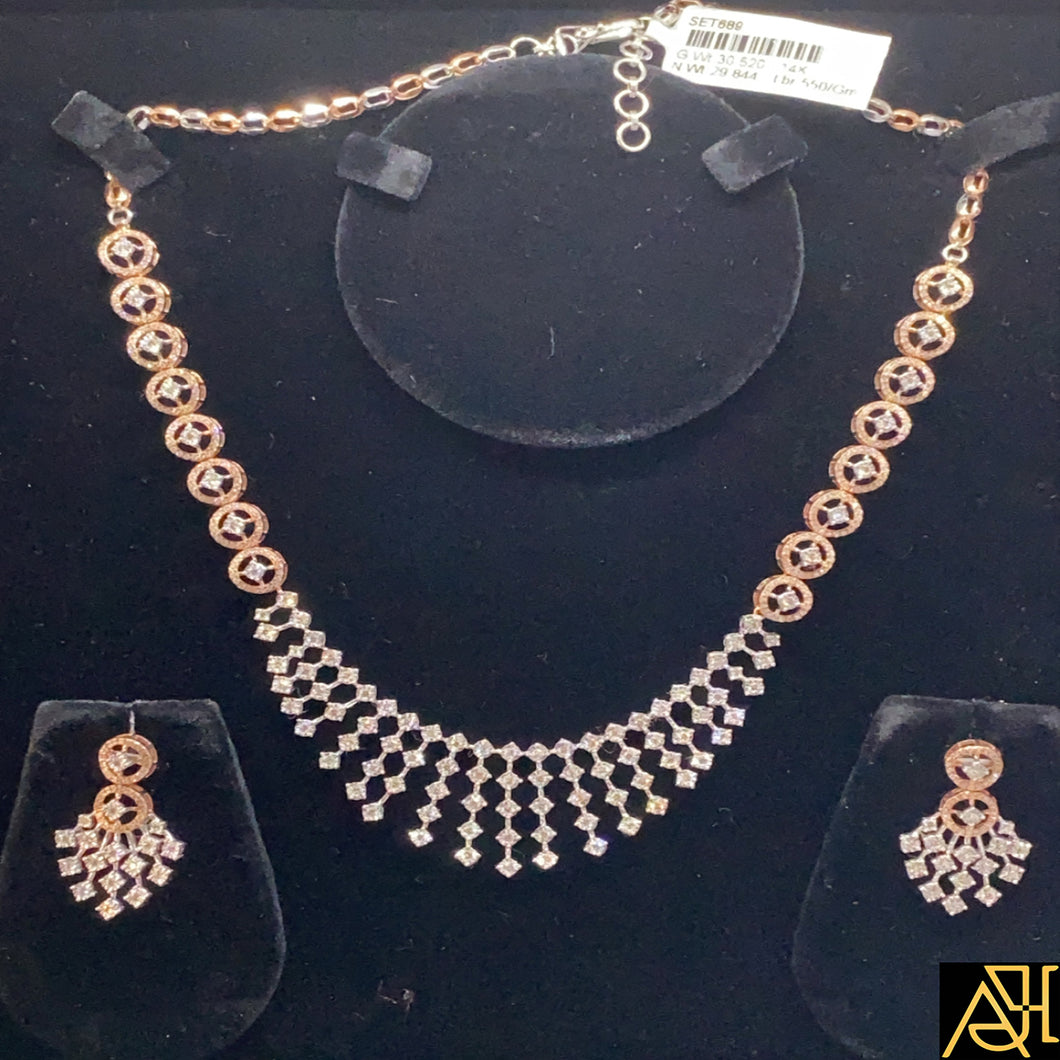 Intricate Diamond Necklace Set