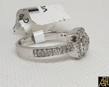Load image into Gallery viewer, Lovable Diamond Wedding Ring