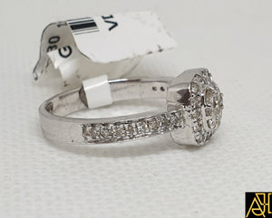 Lovable Diamond Wedding Ring