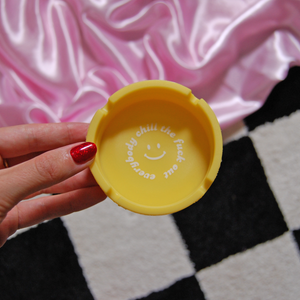 Everybody Chill Silicone Ashtray