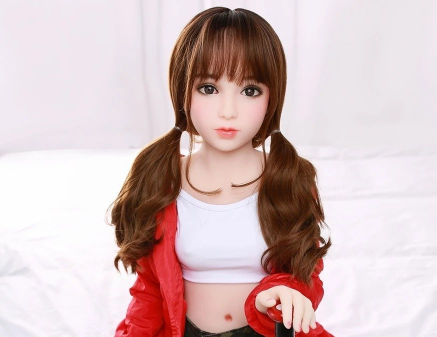 Do you know that there is a family with a 100cm sex doll?