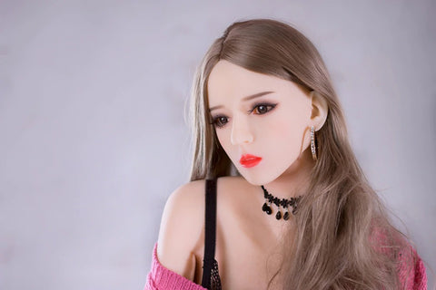 The difference between closed mouth sex doll and open mouth sex doll