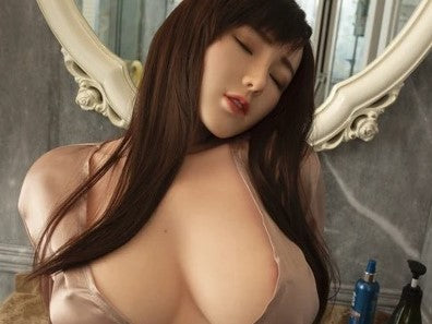 Watching sex videos or using sex dolls, which one is more experience?