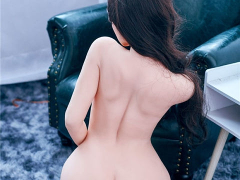 Are the details of realistic sex dolls really necessary?