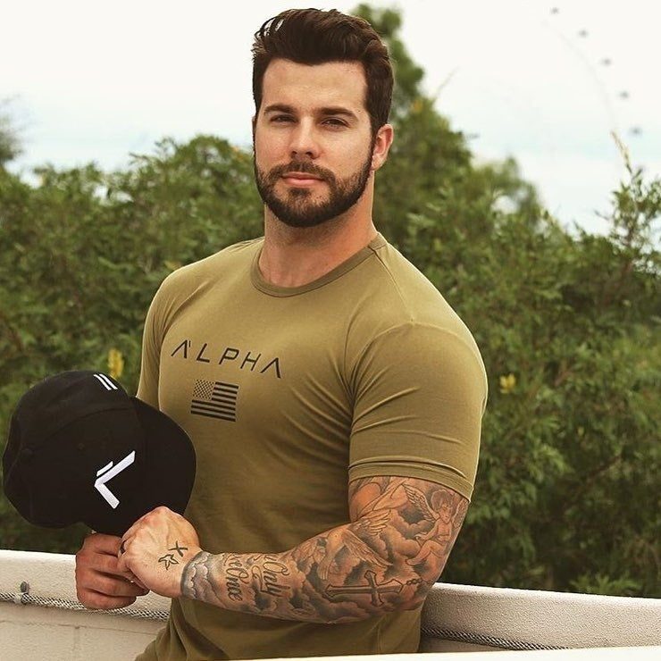 New Men Sports Short Sleeve T Shirt Men Fitness Stretch Breathable Round Neck T Shirt