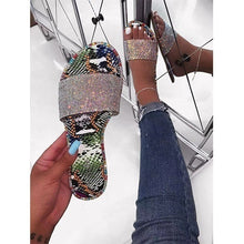 Load image into Gallery viewer, Women New Flat Rhinestone Shiny Sandals Solid Color Casual Beach Flip Flops Slide Flash Bling Bling Slippers