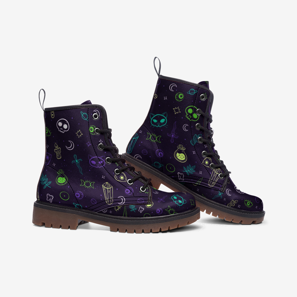 Witchy Leather Boots - Violet