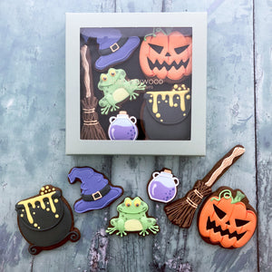 Juliet Stallwood Cakes & Biscuits-Witches Brew