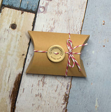 Load image into Gallery viewer, 10 Kraft Cardboard Pillow Gift Boxes With String and Handmade Button Favour Box 9cm x 6.5cm x 2.5xm