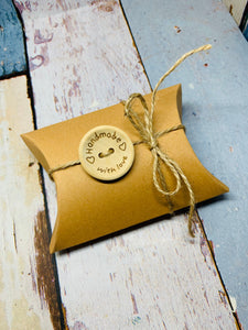 10 Kraft Cardboard Pillow Gift Boxes With String and Handmade Button Favour Box 9cm x 6.5cm x 2.5xm