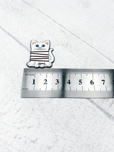Magnetic Enamel Needle Minder - Cat embroidery / cross stitch thread bobbin