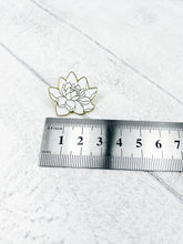 Load image into Gallery viewer, Enamel Pin Badge / Magnetic Needle Minder - White Flower
