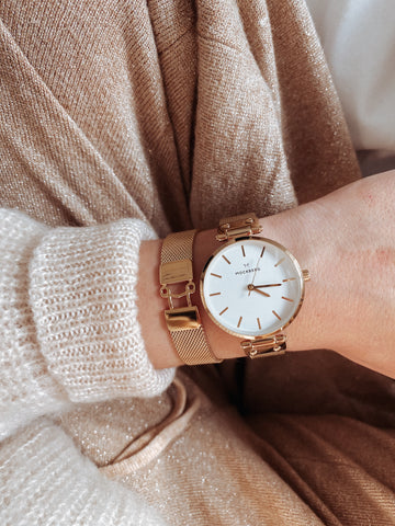Mesh watch and Mockberg M Watch which is a perfect combo and makes a perfect Valentine's Day gift