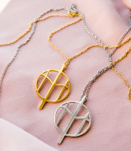 M NECKLACE S