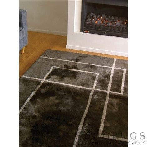 Bowron Corners Shearling Rug - Brown