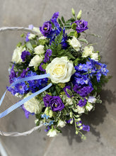 Load image into Gallery viewer, Florist Choice Basket Arrangement