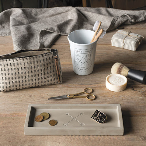Arrow Catchall Tray