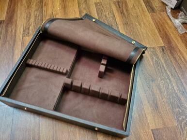 LEATHER CHEST for Flatware