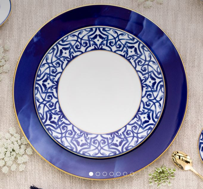 16 piece Blue Legacy Dinner set