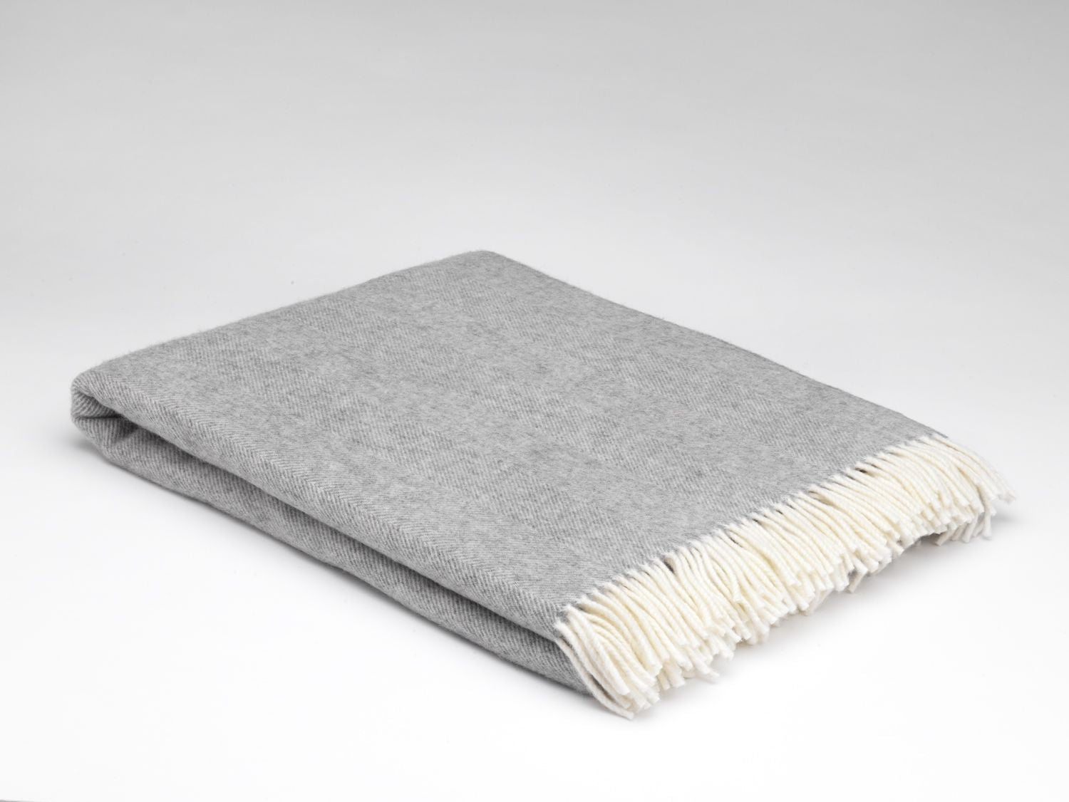 Irish Lambswool throw Uniform Grey Herringbone