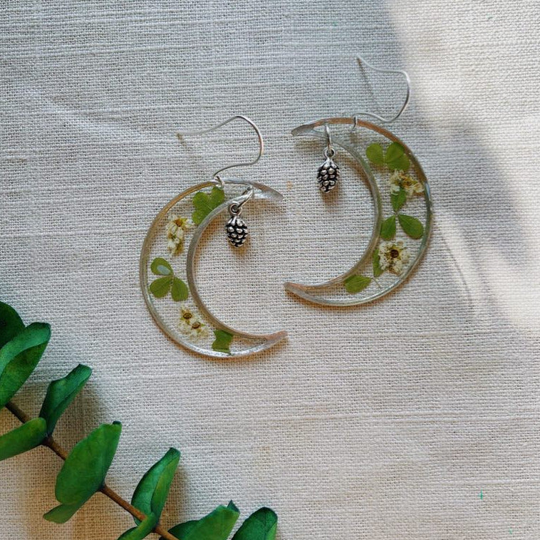 Greenery & Spirea Crescent with Pinecone - Silver
