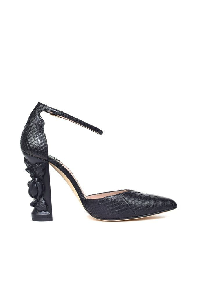 Carbonel Black Python Pump - BYTRIBUTE