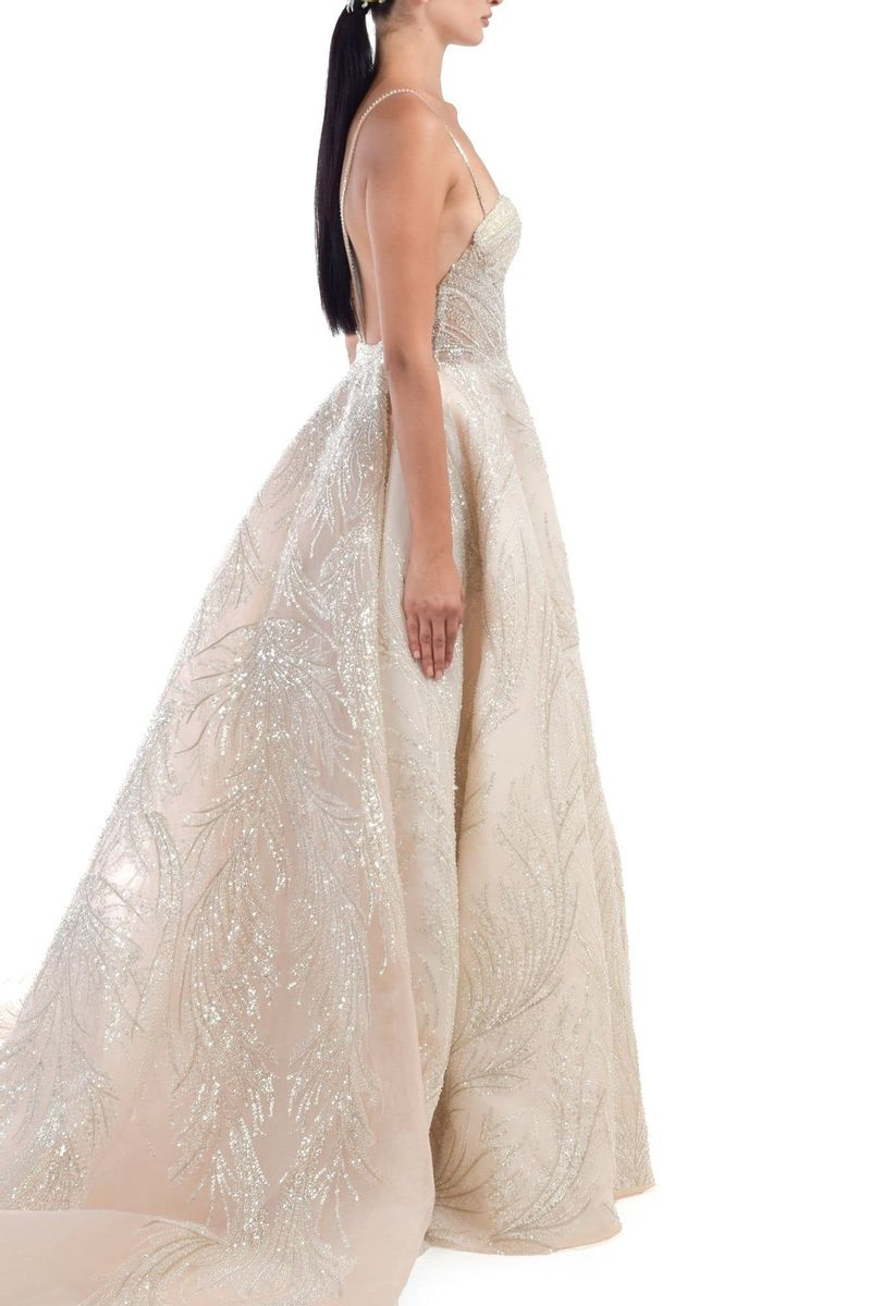 Zeinab Sparkly Sweetheart Neckline White Gown With Glitterring Beadwork With Detachable Skirt - BYTRIBUTE