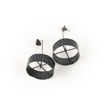 Load image into Gallery viewer, Biba Schutz Rotating Circle Earrings