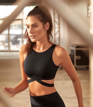 Load image into Gallery viewer, Black Sports Bra - Roseland y Mar