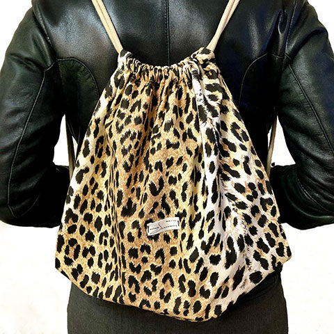 Backpack animalier handmade made in italy in organic cotton worn