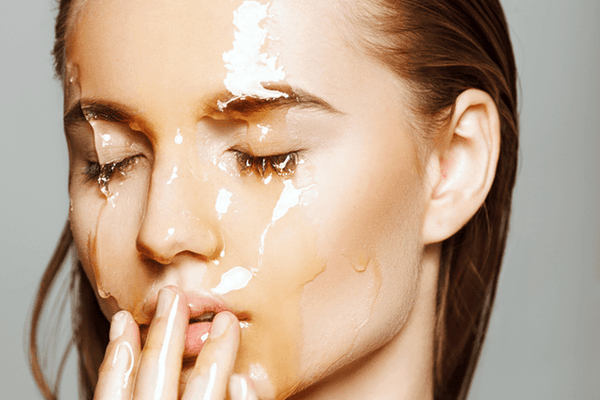 Manuka honey: liquid gold for your skin-LOVESKINNZ