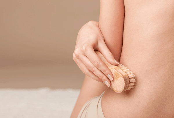 Dry brushing: glowing skin without the chemicals-LOVESKINNZ