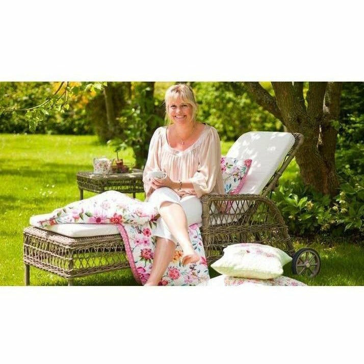Sika-Design Georgia Garden Daisy Sunbed w/ Cushion, Outdoor-Lounge Chairs-Sika Design-Antique-Polyester Snow White Cushion-Heaven's Gate Home