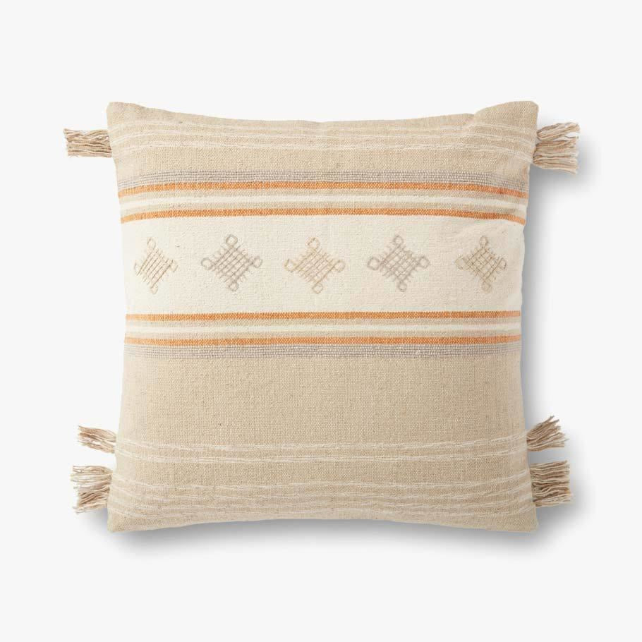 Loloi P0933 Cotton Pillow