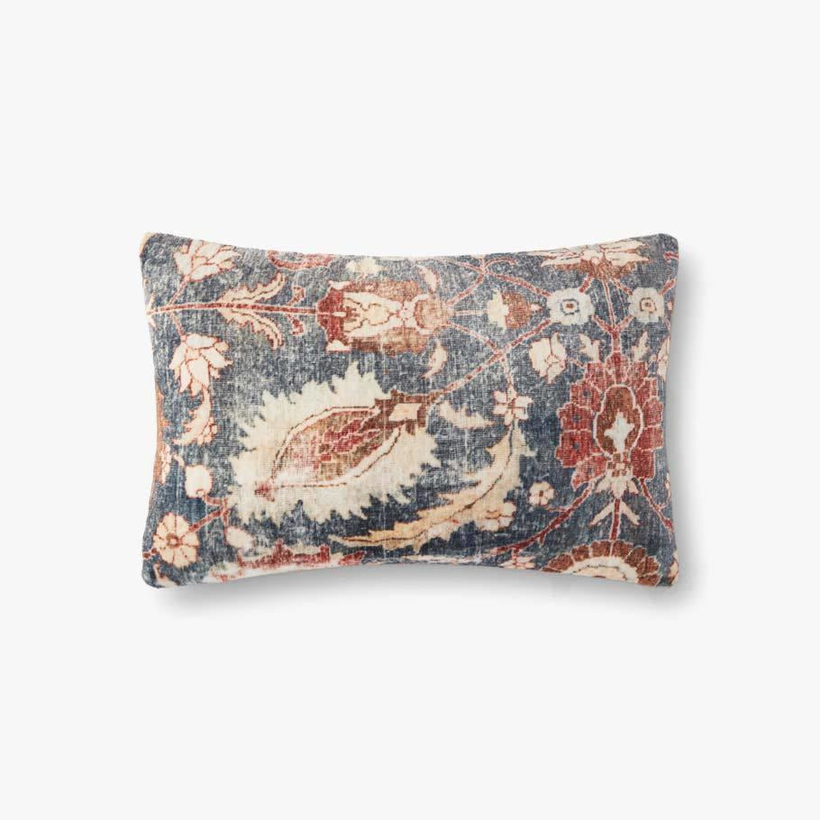 Loloi P0904 Polyester Pillow