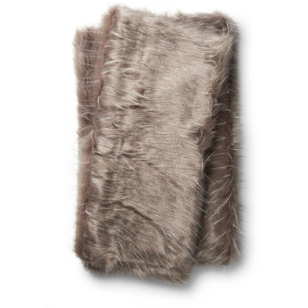 Loloi Zora T0022 Contemporary Throw