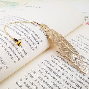 EZONE Metal Feather Bookmarks Luxurious Golden Bookmarks With Creative Pendant Gift Box Packing Students Stationery Friends Gift