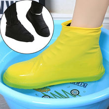 Load image into Gallery viewer, Latex Wear-resistant Boot Overshoes Rain Protector Shoe Covers Waterproof Non Slip Reusable Elastic