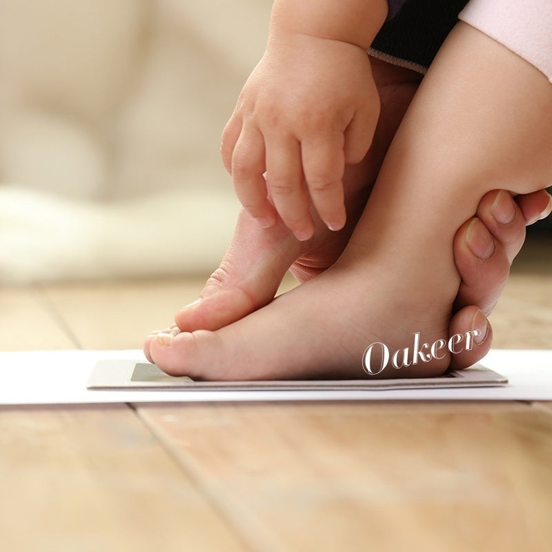 Oakeer Safe Non-toxic Baby Footprints Handprint No Touch Skin Inkless Ink Pads Kits for 0-6 months Newborn Pet Dog Paw Prints Souvenir