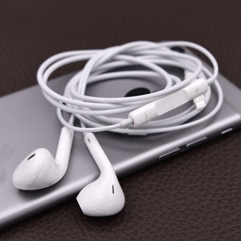 1PCS Headset Earphone With Mic Volume Adjustable For iPhone 8 7 6 6s5 5S 4 4S 3G /Samsung ¡§|couteurs          Kopfh?rer Auriculares