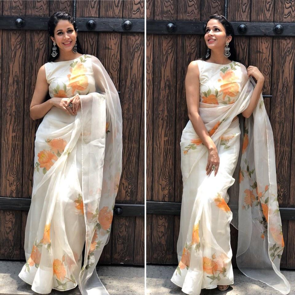 PRETTY OFF WHITE COLOR YELLOW FLOWER LINEN DESIGNER SAREE