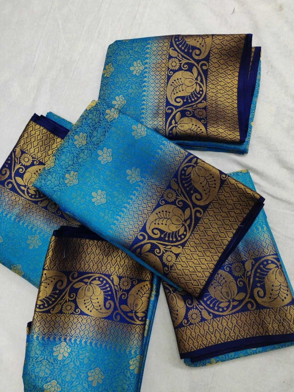 INOVATIVE  BLUE COLOUR SILK KANJIVARM SAREE - M290